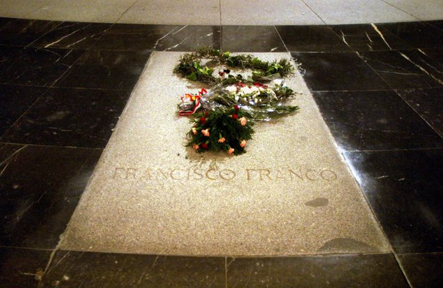 Tumba de Francisco Franco en el Valle de los Caídos