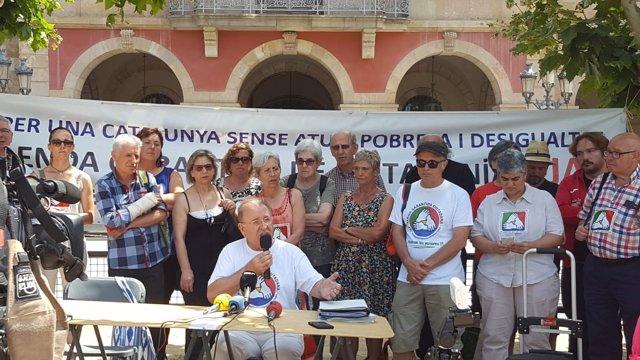 Rueda de prensa de los impulsores de la ILP de la RGC con su portavoz D.Toledano