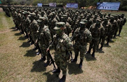 Militares y policías piden al 'uribismo' que apoye en el Congreso la ley de procedimiento de la JEP