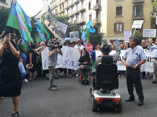 """Manifestación de la comunidad gitana de Catalunya contra el """"antigitanismo"""""""