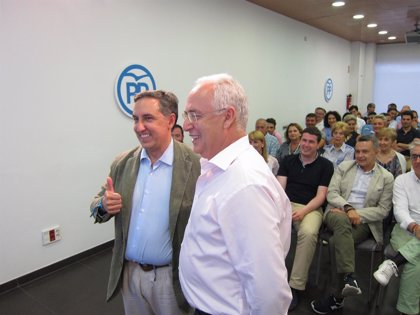 """PP.- García-Hernández dice que baja inscripción """"ha sido una mala noticia"""" e insiste en que """"se levante ese requisito"""""""