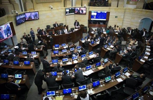 Debate en el Senado de Colombia sobre presupuestos