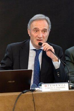 El presidente de Feneval, Miguel Ángel Saavedra