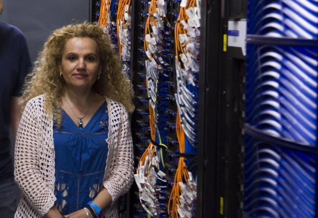 Fuensanta Doménech, Directora Del Servei D'Informàtica De La Universitat,