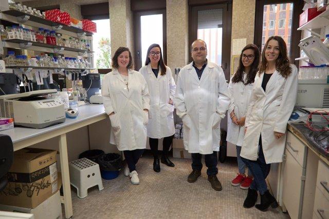 Descubren mecanismos de regulación de la producción de antibióticos en bacterias