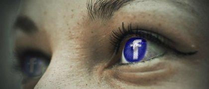 Facebook registra un sistema que analiza el sonido ambiente y detecta cuándo un usuario ve un vídeo