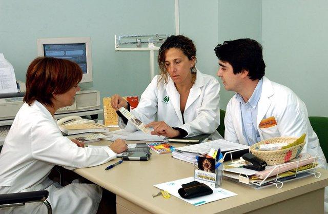 Enfermeras de atención primaria atienden más de 3.000 consultas al día