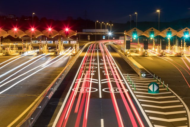 Las constructoras medianas piden que se ponga peaje en todas las carreteras - Constructoras en burgos ...