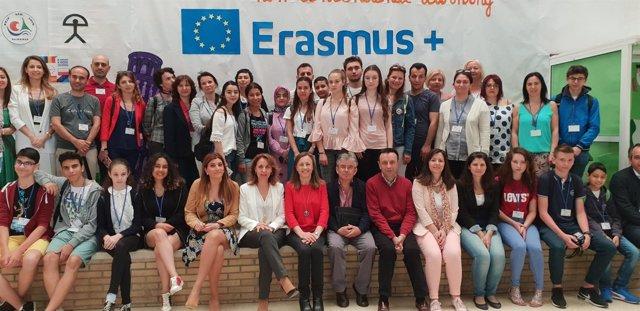 Los participantes en el Erasmus+ en el CEIP San Luis