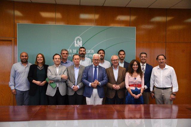 [Sevilla] Vicepresidente. Modernización Y Ampliación De Los Cade