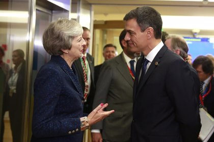 """Sánchez quiere un sistema fiscal """"justo"""" y """"de primera"""" y apoya el impuesto europeo a los servicios digitales"""