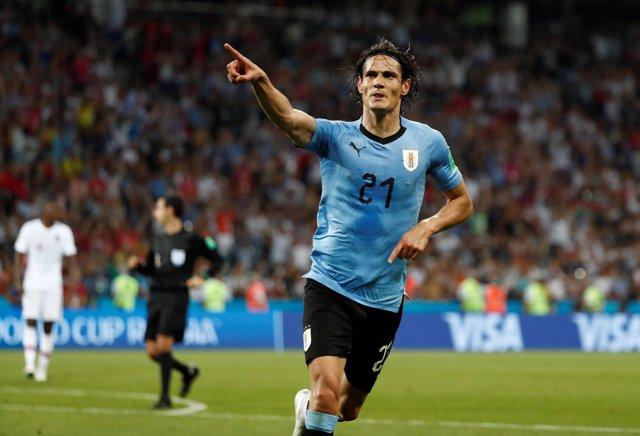 Cavani golea a Portugal con Uruguay