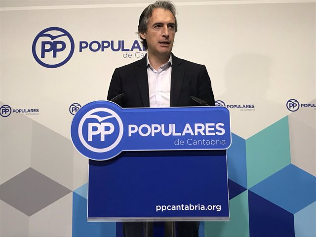 De la Serna anuncia su apoyo a la candidatura de Soraya Sáenz de Santamaría
