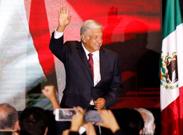 El candidato izquierdista a la Presidencia mexicana, Andrés Manuel López Obrador