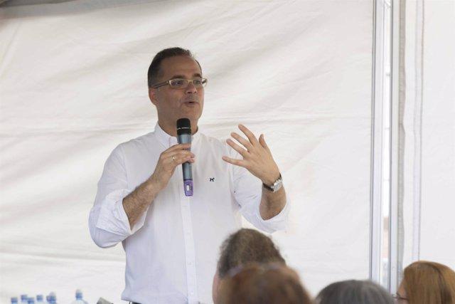 Dr. Agustín Viera