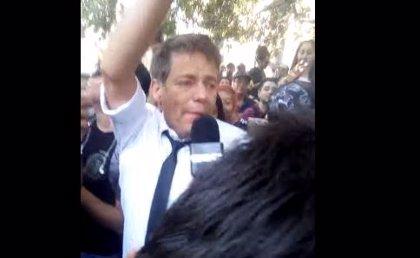 Un periodista chileno asiste a una marcha por la legalización de la marihuana y 'sucumbe a sus efectos'