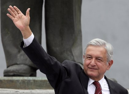 López Obrador anuncia que celebrará un referéndum revocatorio dentro de tres años