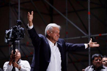 """Peña Nieto y López Obrador se reunirán este martes para acordar """"una transición ordenada y eficiente"""""""