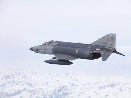 """Turquía anuncia la """"neutralización"""" de cuatro presuntos miembros del PKK en una nueva jornada de bombardeos"""