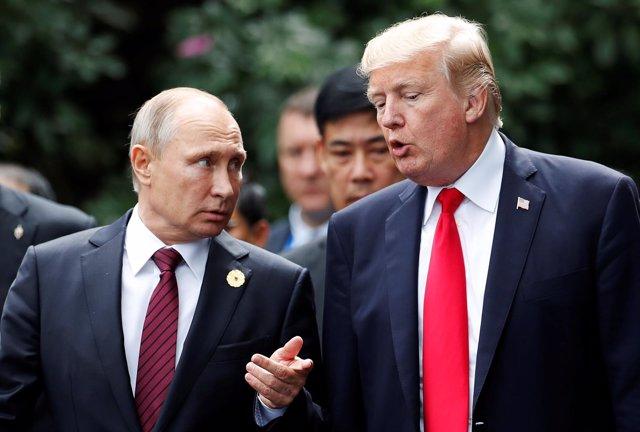 Putin y Trump hablan en Vietnam