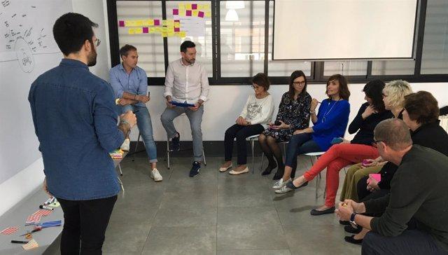 Una de las reuniones del grupo de trabajo del proyecto de Humanización de la SEF