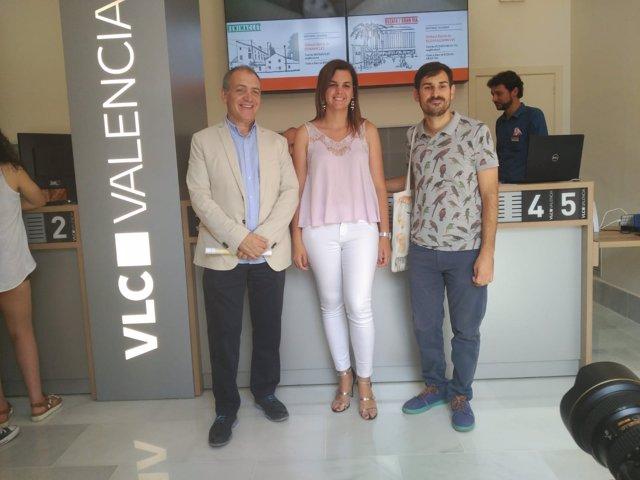 La oficina de informaci n del ayuntamiento de valencia for Oficina informacion y turismo valencia