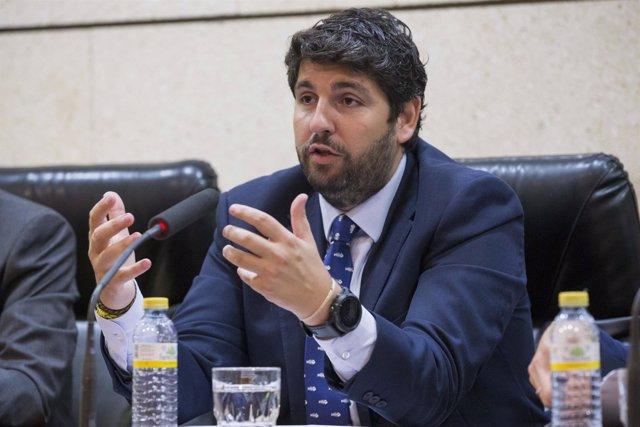 López Miras valora los datos del paro
