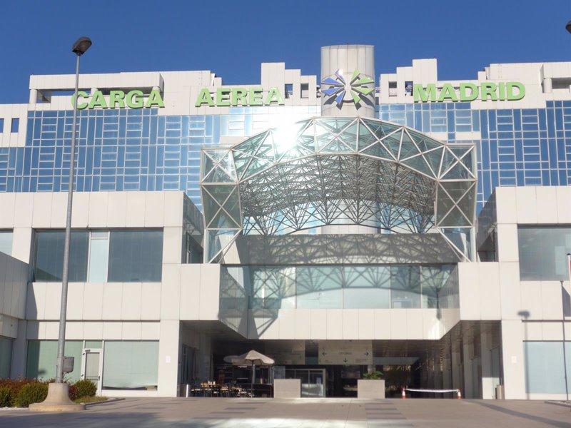 Dhl express invierte seis millones en el cambio de sede en for Dhl madrid oficinas