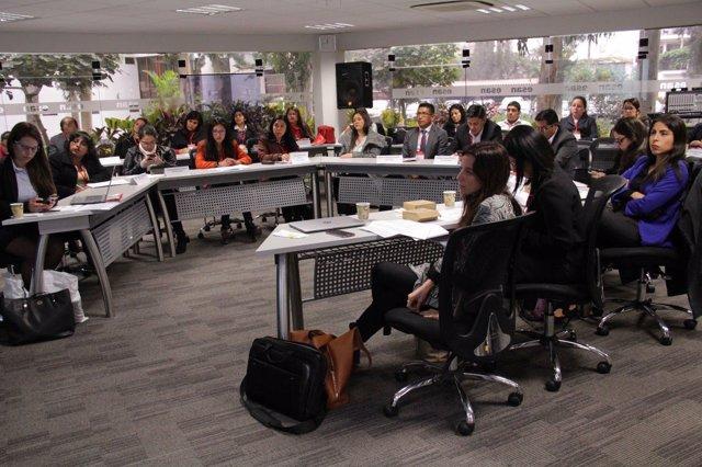 Taller de la Fundación Microfinanzas BBVA en Lima (Perú)