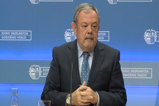 Pedro Azpiazu, Consejero De Economía