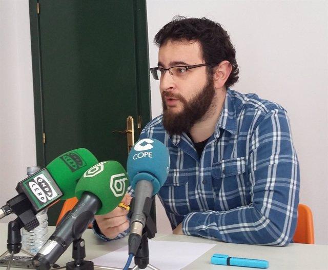 Roberto Jaramillo en su comparencia ante los medios de comunicación