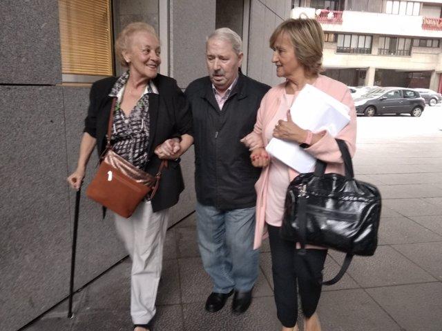 José Ángel Fernández Villa llega a la Audiencia en la segunda jornada del juicio