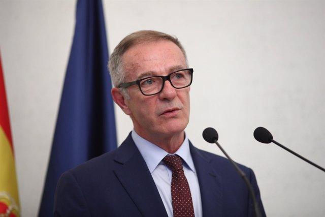 El nuevo ministro de Cultura y Deporte, José Guirao, toma posesión de su cargo