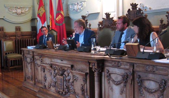 Manuel Saravia interviene en el Pleno de julio