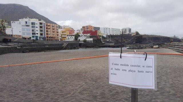 Cierre de la playa del Castillo