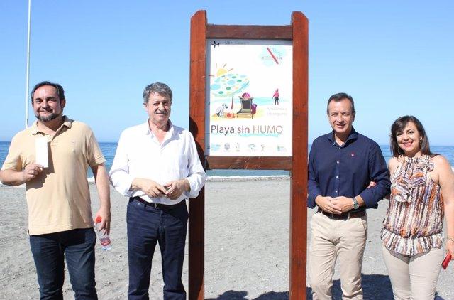 Motril cuenta con la primera playa sin humo del litoral andaluz
