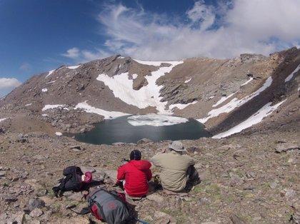 Sierra Nevada programa este fin de semana ascensiones al Veleta y al Mulhacén