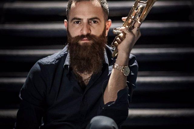 Trompetista Avishai Cohen y su banda portón del jazz alhaurin de la torre