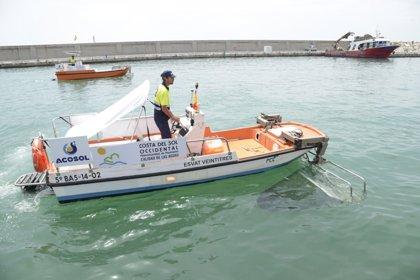 La Mancomunidad de la Costa del Sol Occidental retira en junio 152,5 toneladas de residuos de las aguas litorales