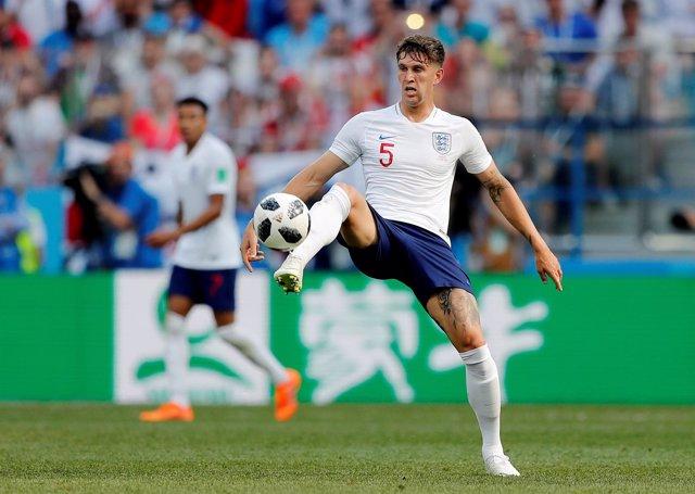 John Stones jugando con Inglaterra