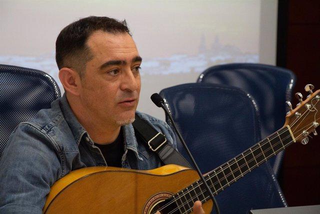 Raúl Rodríguez en los cursos de verano de la UPO