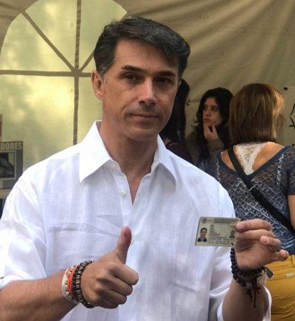 Sergio Mayer, de cantante y actor a diputado federal de México