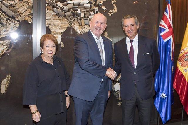 El presidente de Acciona recibe al gobernador de Australia