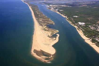 La Junta adjudica el servicio de mantenimiento de las presas y obras en el Canal del Piedras por 8,9 millones