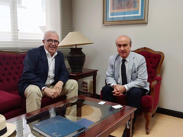 El rector de la UNIA se reúne en Madrid con secretario general de la OEI
