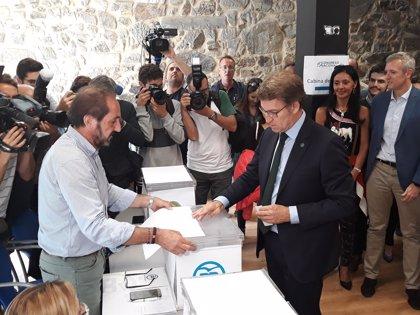 """Feijóo, tras votar en la primera vuelta: """"No es fácil, pero he elegido lo mejor para el PP"""""""