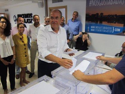 """Monago considera que las primarias suponen una """"mayor apertura"""" para que los militantes elijan a su presidente"""