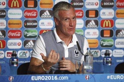 """Deschamps: """"Mbappé, a pesar de todo lo bueno que hace, está aprendiendo"""""""