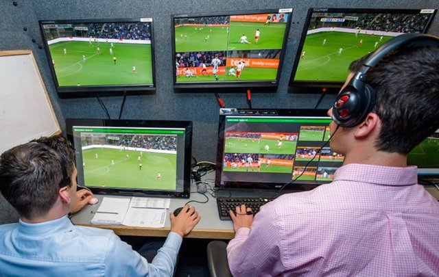 Sistema VAR de videoarbitraje