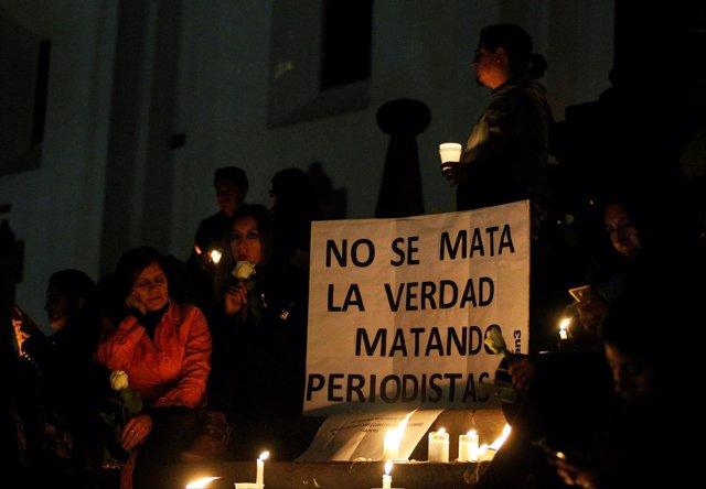 Vigilia por los tres trabajadores de 'El Comercio' secuestrados y asesinados